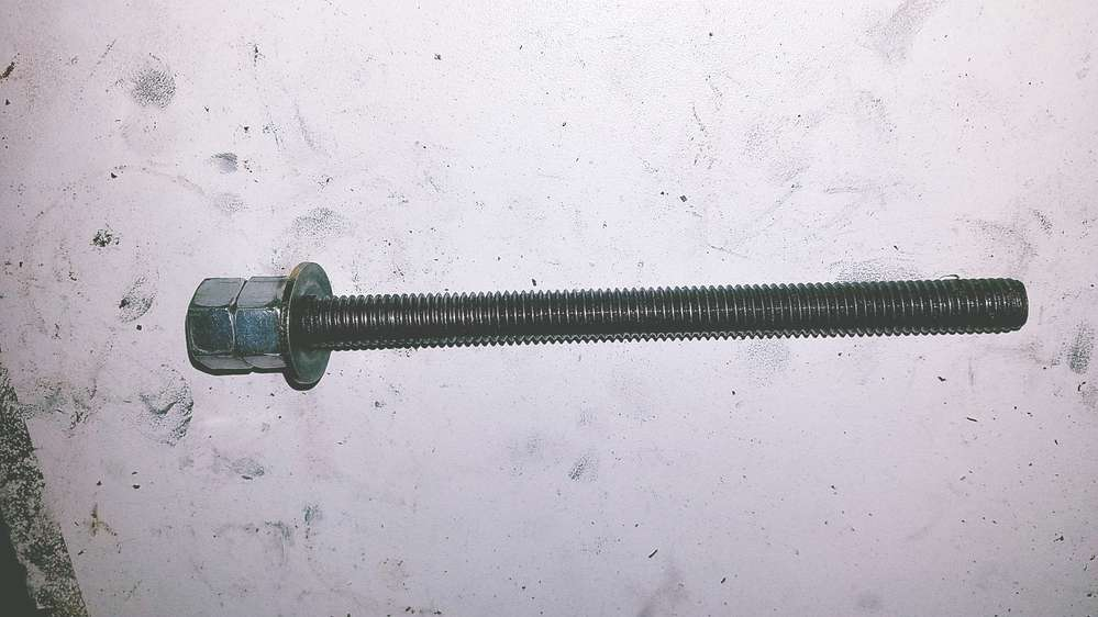 Threaded rod for rtab tool